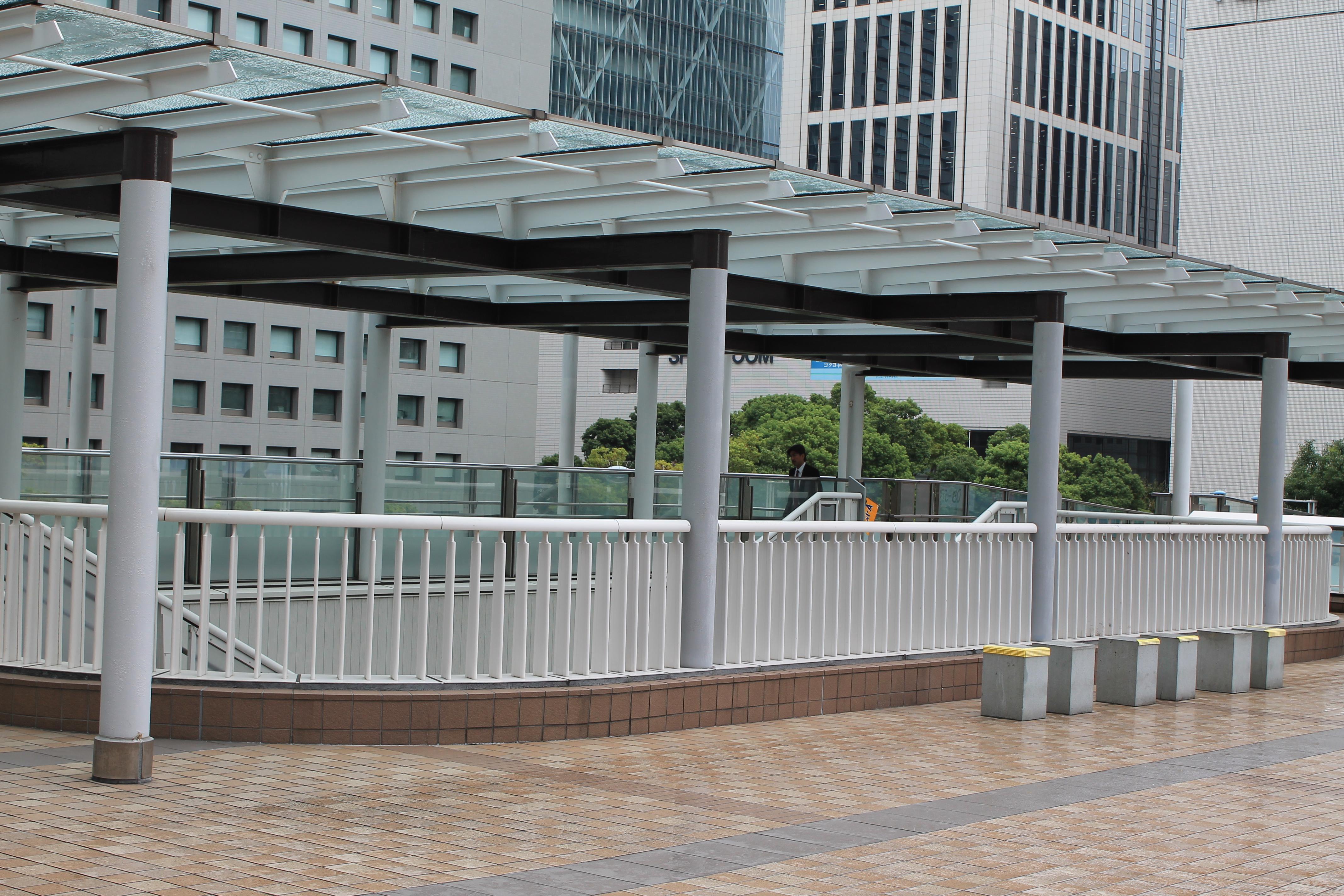 ナオミとカナコのロケ地:品川駅