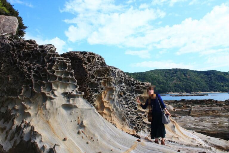 竜串海岸のタフォニ