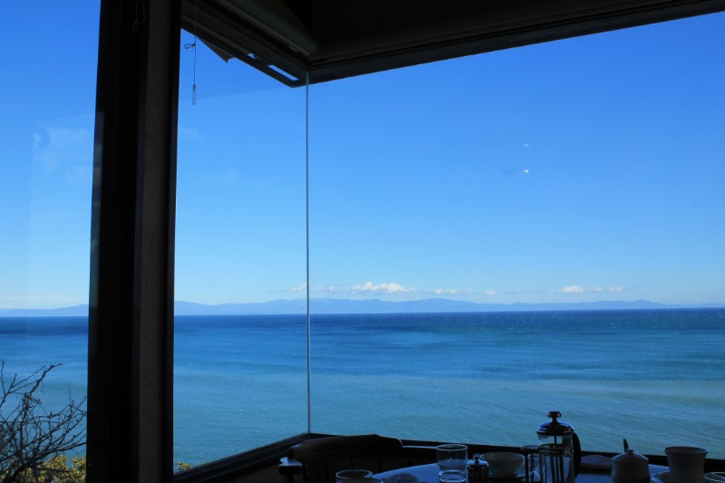 喫茶店:かいざんから見える絶景の海