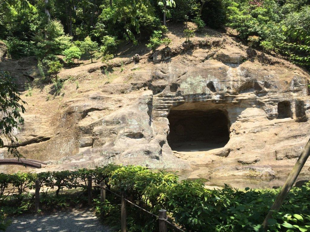 瑞泉寺の岩庭
