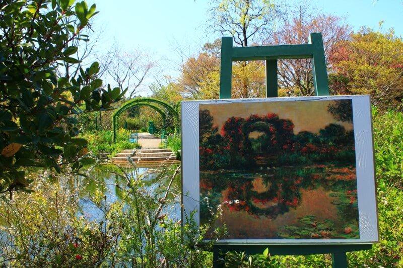 モネの庭 バラのアーチの絵を見ながら