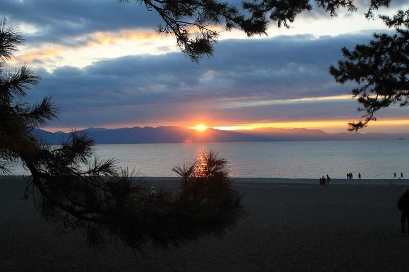 三保の松原の日の出