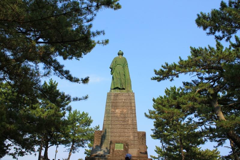 桂浜の坂本龍馬の像